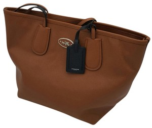 Coach Leather 33915 Tote in SADDLE