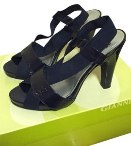 Gianni Bini Navy Sandals
