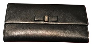 Salvatore Ferragamo Salvatore Ferragamo Black Saffia Leather Continental Wallet