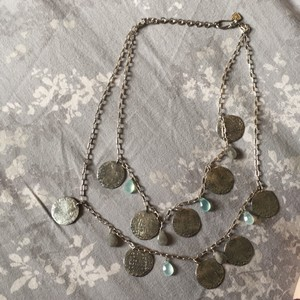Stella & Dot Silver coin double layer necklace with light green/jade accents. necklace is in great shape just needs a good cleaning.