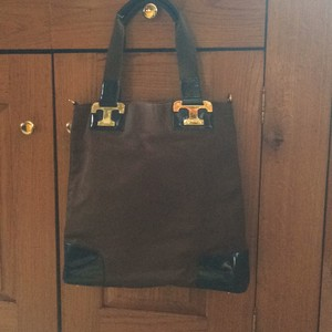 Tory Burch Tote in brown and blue