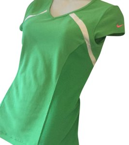 Nike Nike fit dry small 4 6 green top swoosh logo