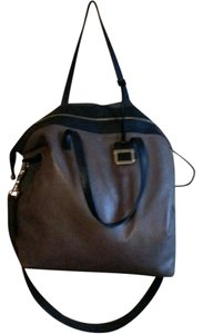 INNUE' Structured Leather Convertible Shoulder Bag
