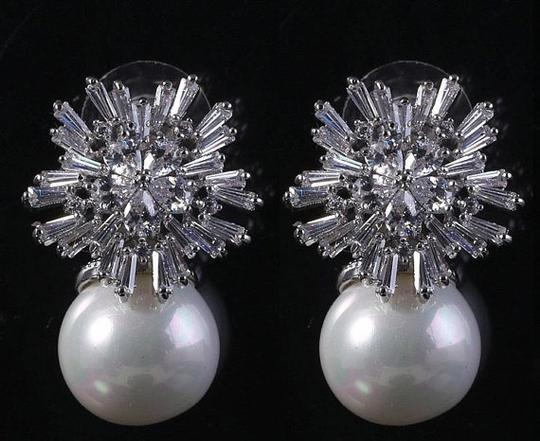 Pearl Snow Ice And Earrings