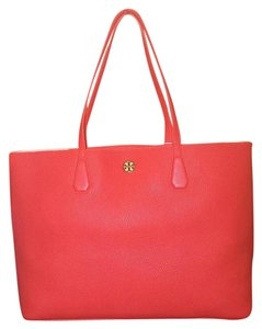 Tory Burch Tote in Poppy Red