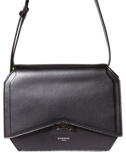 Givenchy Medium Antigona Bow Cut Shoulder Bag