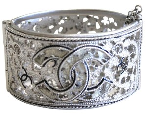 Chanel Silver Filigree & Enamel CC Bangle Hinged Bracelet