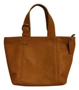 Coach Vintage Leather Satchel in Tan, Camel