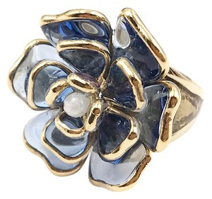 Chanel Chanel Gold Plated Blue Gripoix Glass Ring