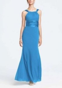 David's Bridal Cornflower Blue Chiffon and Charmeuse Rounded Neckline Sexy Bridesmaid/Mob Dress Size 8 (M)