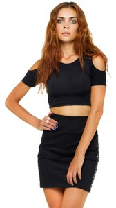 Brandy Melville Crop Cut-out Open T Shirt Black