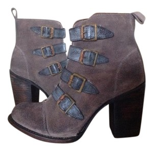 FreeBird By Steven Banjo Ankle Grey Suede Boots