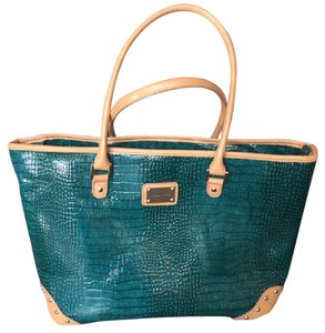 Adrienne Vittadini Tote in green & tan
