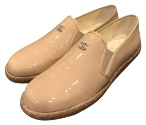 Chanel Cc Loafer Moccasin Nude Beige Flats
