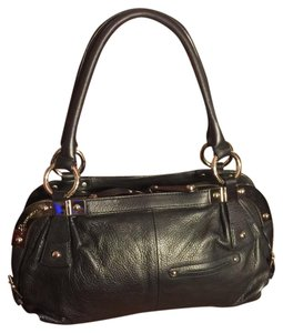 B. Makowsky Satchel in black/silver