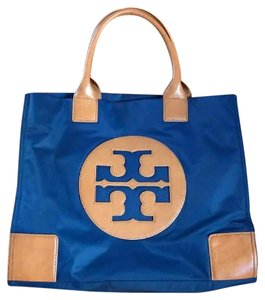 Tory Burch Tote in Navy/Brown