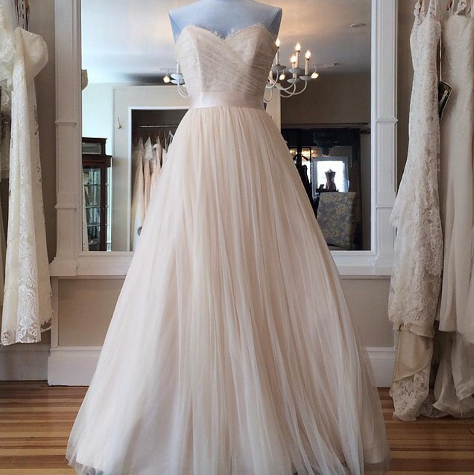 Modern Trousseau Blush Tulle Layla Modern Wedding Dress Size 8 (M ...