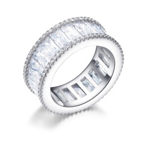 Ladies 10ct Emerald cut AAA CZ wide eternity band