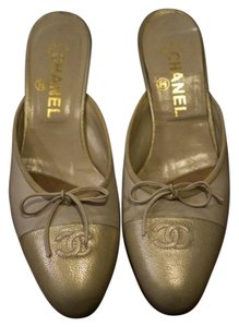 Chanel Ballet Heel Vintage Gold Pumps