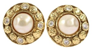 Chanel nugget pearl Earrings CCAV204