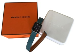 Hermès Apple Watch Herms Stainless Steel Case with Etoupe Swift Leather Double Tour 38mm