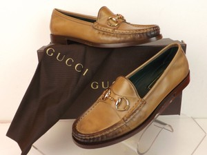 Gucci Winter Rose Flats
