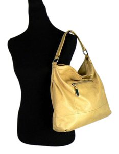 B. Makowsky Removeable Strap Hobo Bag