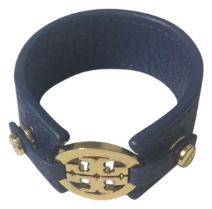 Tory Burch Leather Tory Burch Logo bracelet