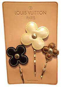 Louis Vuitton Valletta Fleurs Vernis Hair Accessories