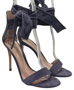 Gianvito Rossi Beverly Suede gray Sandals