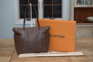 Louis Vuitton Lv Totally Shoulder Bag