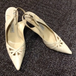 Jimmy Choo Leather London Italy Beige Pumps