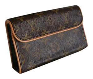 Louis Vuitton Lv Like New Pochette Belt Baguette