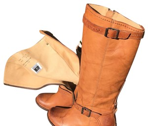 Frye Tan leather Boots