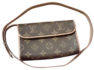 Louis Vuitton Fanny Pack Monogram Clutch Mini Pochette Pochette Brown Messenger Bag