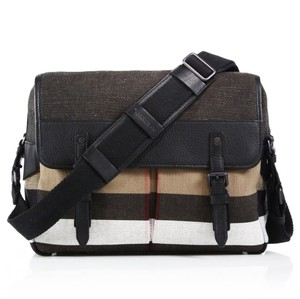 Burberry House Check/Black Messenger Bag