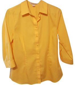 Coldwater Creek No Iron Button Up Button Down Shirt Yellow