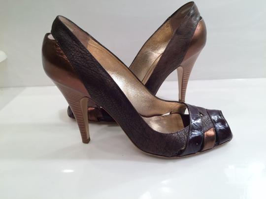 Kenneth Cole Leather Patent Leather Copper Leather Peep Toe Brown Pumps