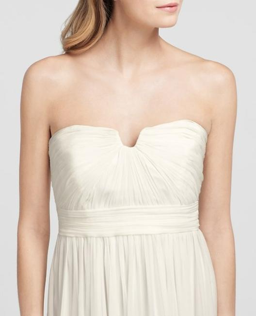 Item - Ivory Silk Feminine Wedding Dress Size Petite 4 (S)