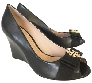 06144d42ebc Tory Burch Black Sedgewick 85mm Open Toe Glossy North Leather Wedges ...