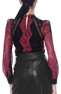 Gracia Top Black / Red