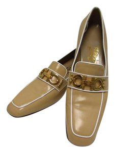 Salvatore Ferragamo Loafers Great Condition Beige Flats