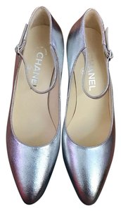 Chanel silver Pumps