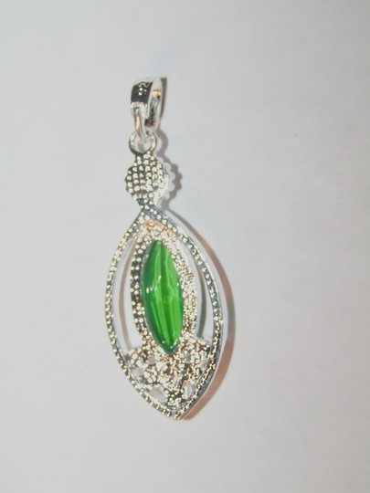 Silver/Green Buy 1 Get 2 Free Your Choice To Bundle Any Three Listings Necklace