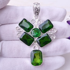 Chunky Green Quartz Pendant Free Chain & Shipping