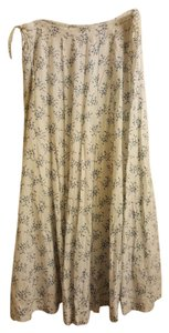 Gap Maxi Skirt White with blue floral print