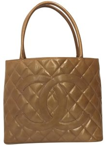 Chanel Tote Medallion Cc Logo Shoulder Bag