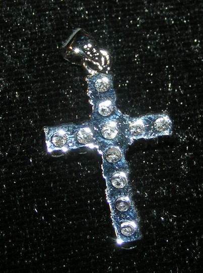 White Silver Topaz Cross Pendant Free Chain Shipping Necklace