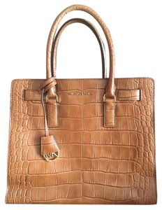 Michael Kors Satchel in Walnut