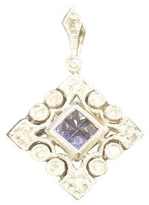Code Vintage Vintage 14k Gold diamond and sapphire charm
